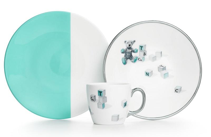 Tiffany 小熊與積木圖案骨瓷杯盤三件組 NT$6,500