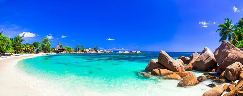 (圖1) 塞席爾絕美純白沙灘 (圖片來源_HHtravel鴻鵠逸遊)