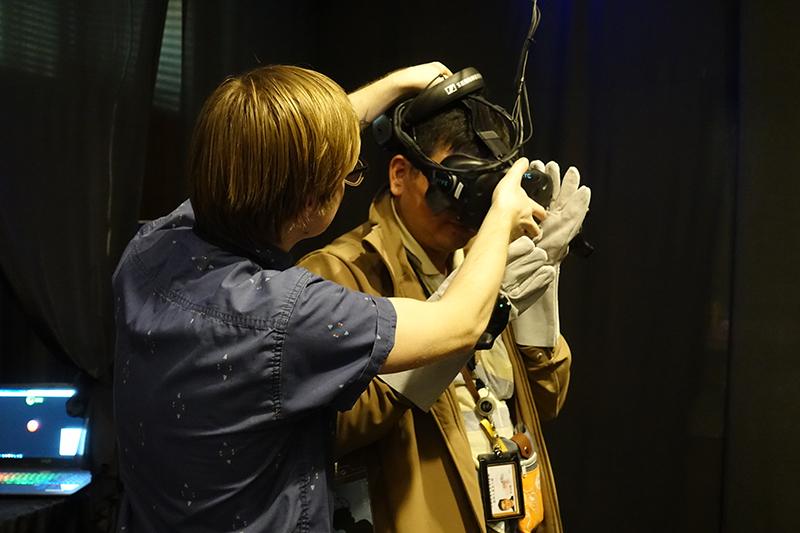 現場VR頭套裝置