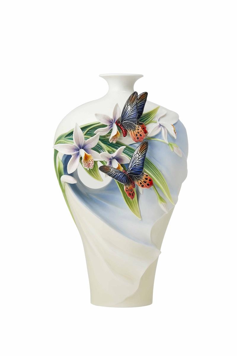 花現幸福 曙鳳蝶與一葉蘭瓷瓶