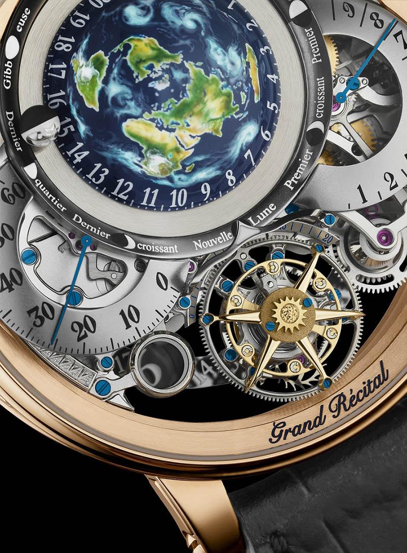圖4.Récital 22 Grand Récital陀飛輪的五條鈦金屬框架支臂圍攏著擺輪及擒縱系統,極富立體感