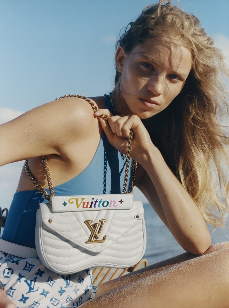 03-White Chain Bag Louis Vuitton New Wave