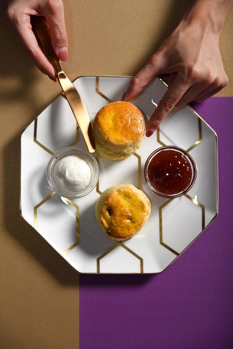 台北W飯店-英式司康搭自製草莓果醬、鮮奶油_2