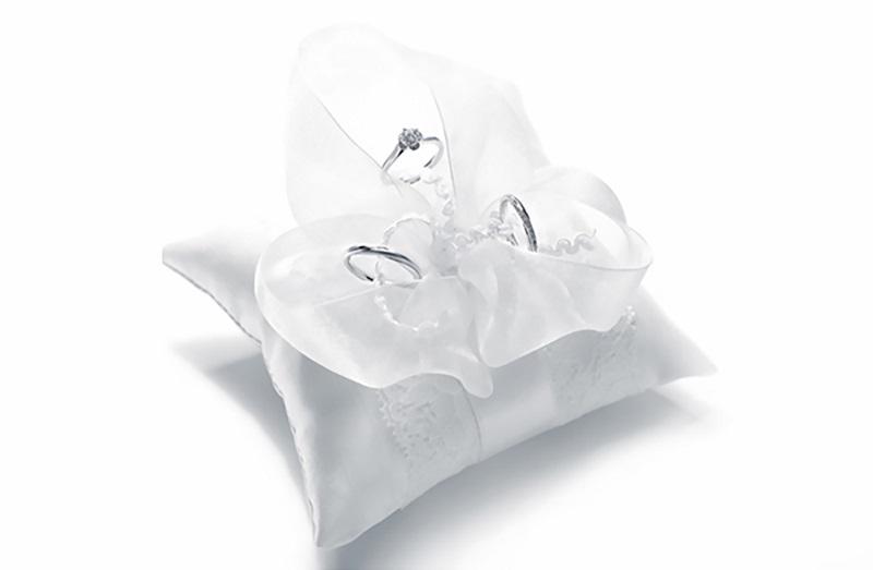 【示意圖】GINZA DIAMOND SHIRAISHI銀座白石成約特典_銀座白石 獨創品牌戒枕