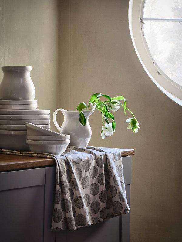 圖三:碗、水壺、花瓶設計靈感源自於北歐傳統工藝,帶有圓潤的線條設計、細膩的紋理。