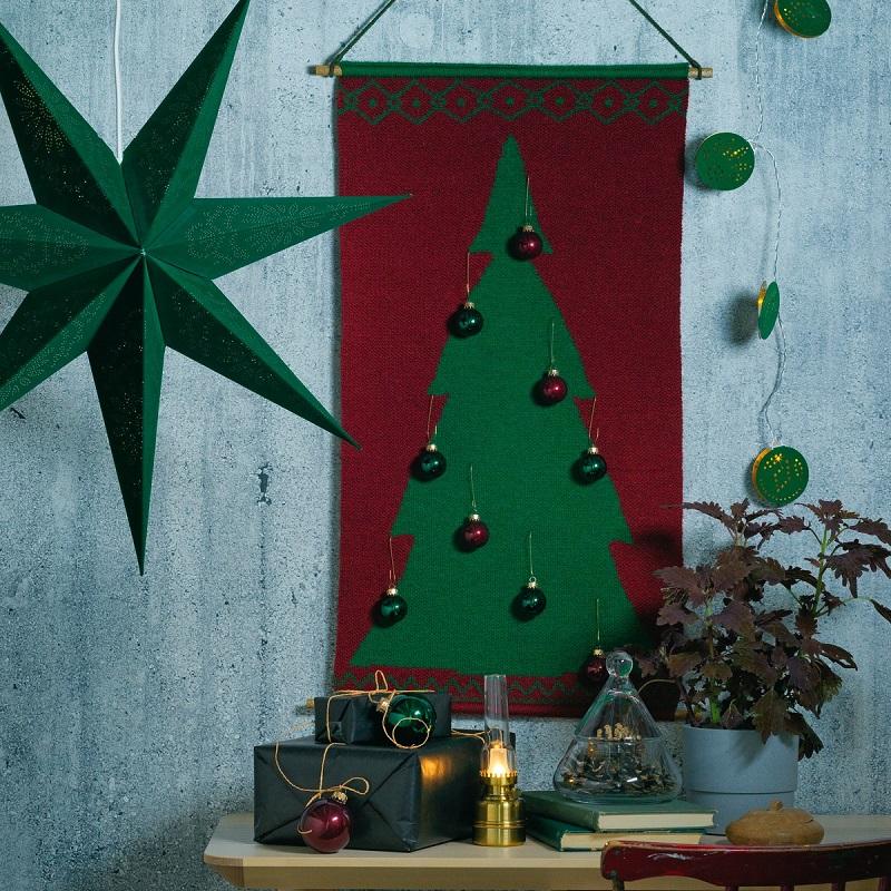 圖說三:VINTER 2020壁面掛飾,利用牆面的垂直空間就能創造聖誕氛圍。