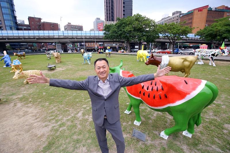 放 國際文創-國際奔牛節亞洲總部 陳秉鴻 執行長