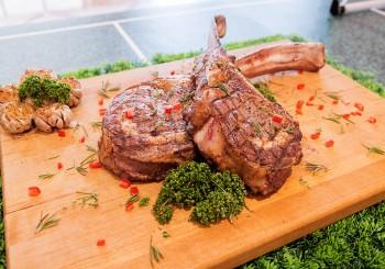 【豐FOOD】豐世足!各國料理、戰斧牛排吃到飽