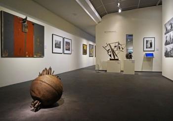 高美館《凝視與穿越:藝術典藏中的高雄百景》即日起展出