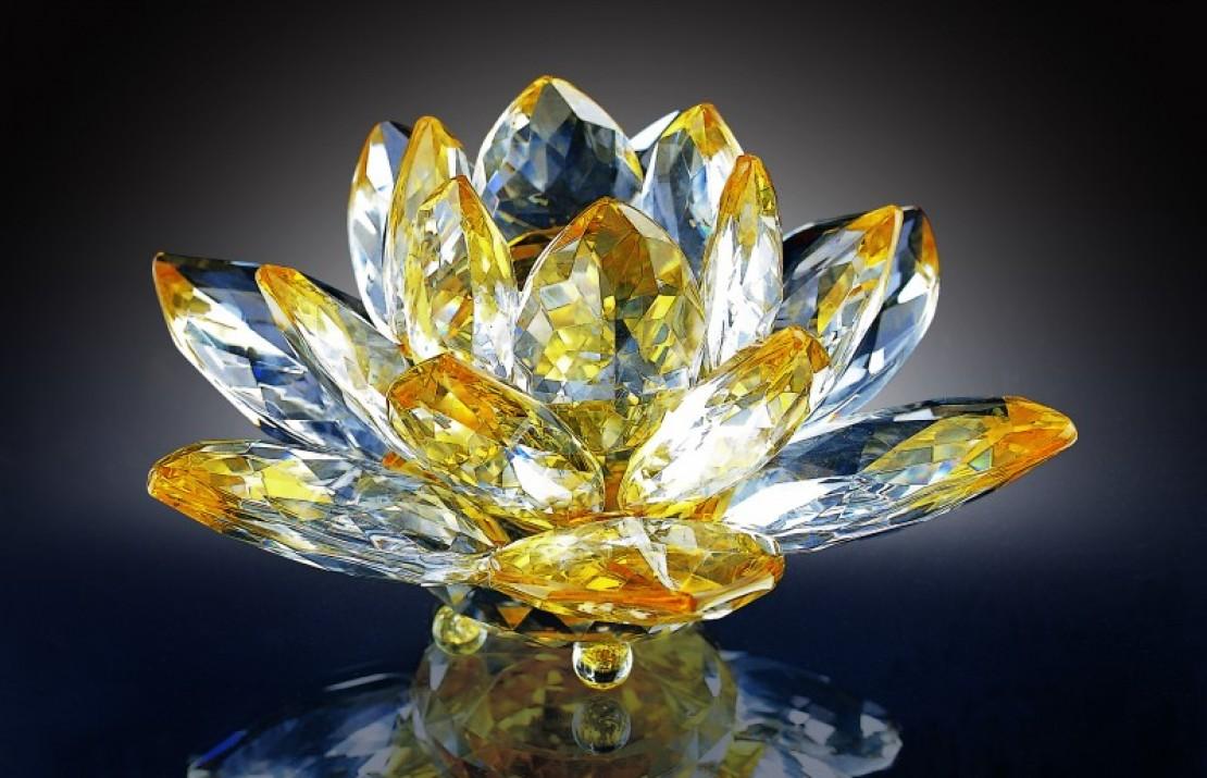 【品牌故事】東方水晶領導先驅—LOTUS水晶 打造頂級藝術生活品味