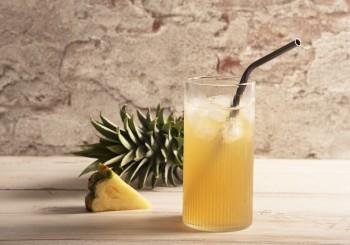 消暑必備的酸甜滋味 ─《微熱山丘》鳳梨汁熱情上市