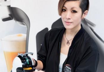 創作女王陳珊妮  愛上雀巢MINI一指輕彈的咖啡樂趣