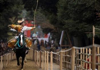 【Lladró】800年的美好堅持 日本傳統騎射藝術 ─ 流鏑馬やぶさめ