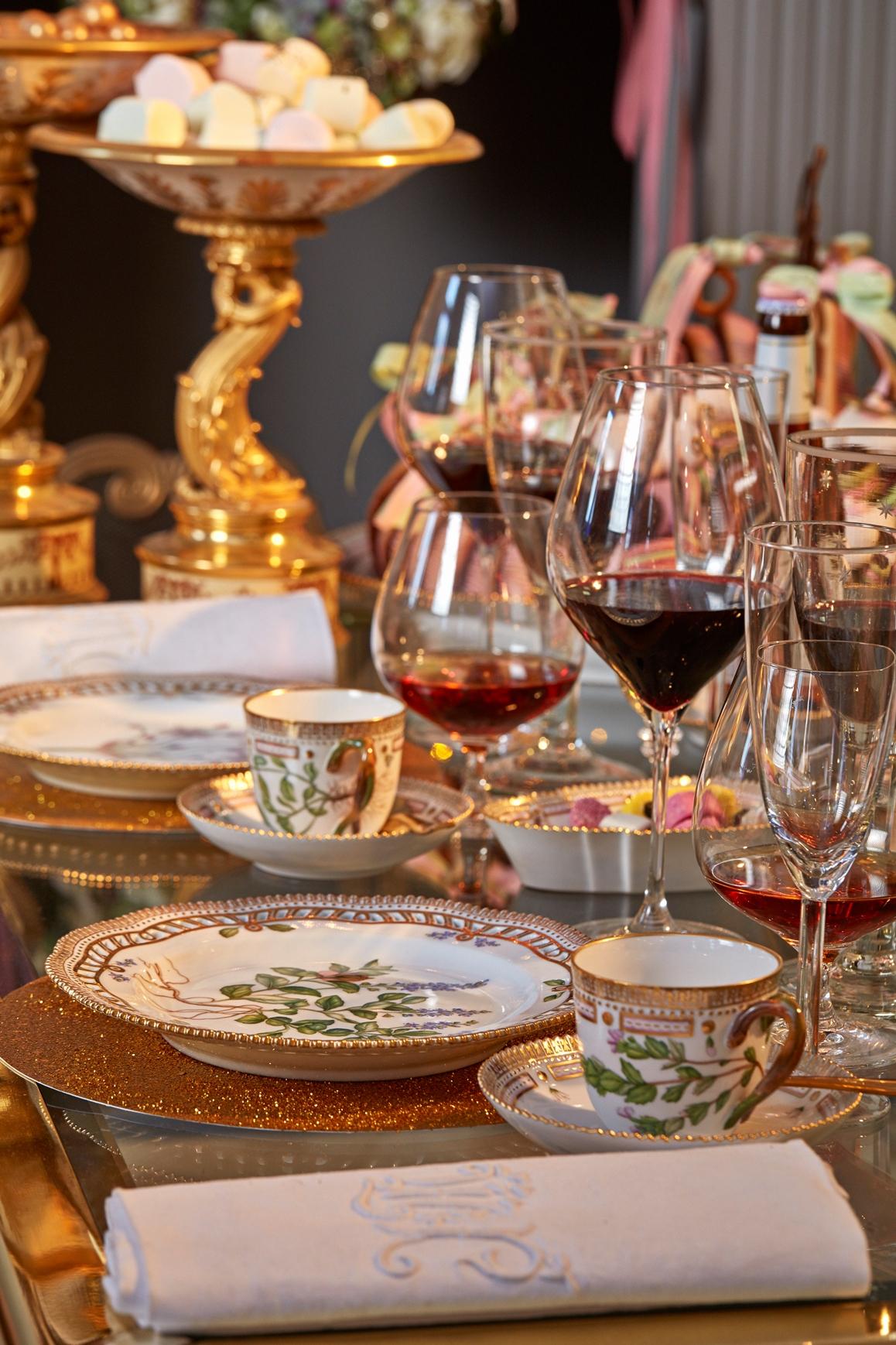 第53屆皇家哥本哈根「名人聖誕餐桌」       笑看丹麥黃金海岸線興衰的勢利