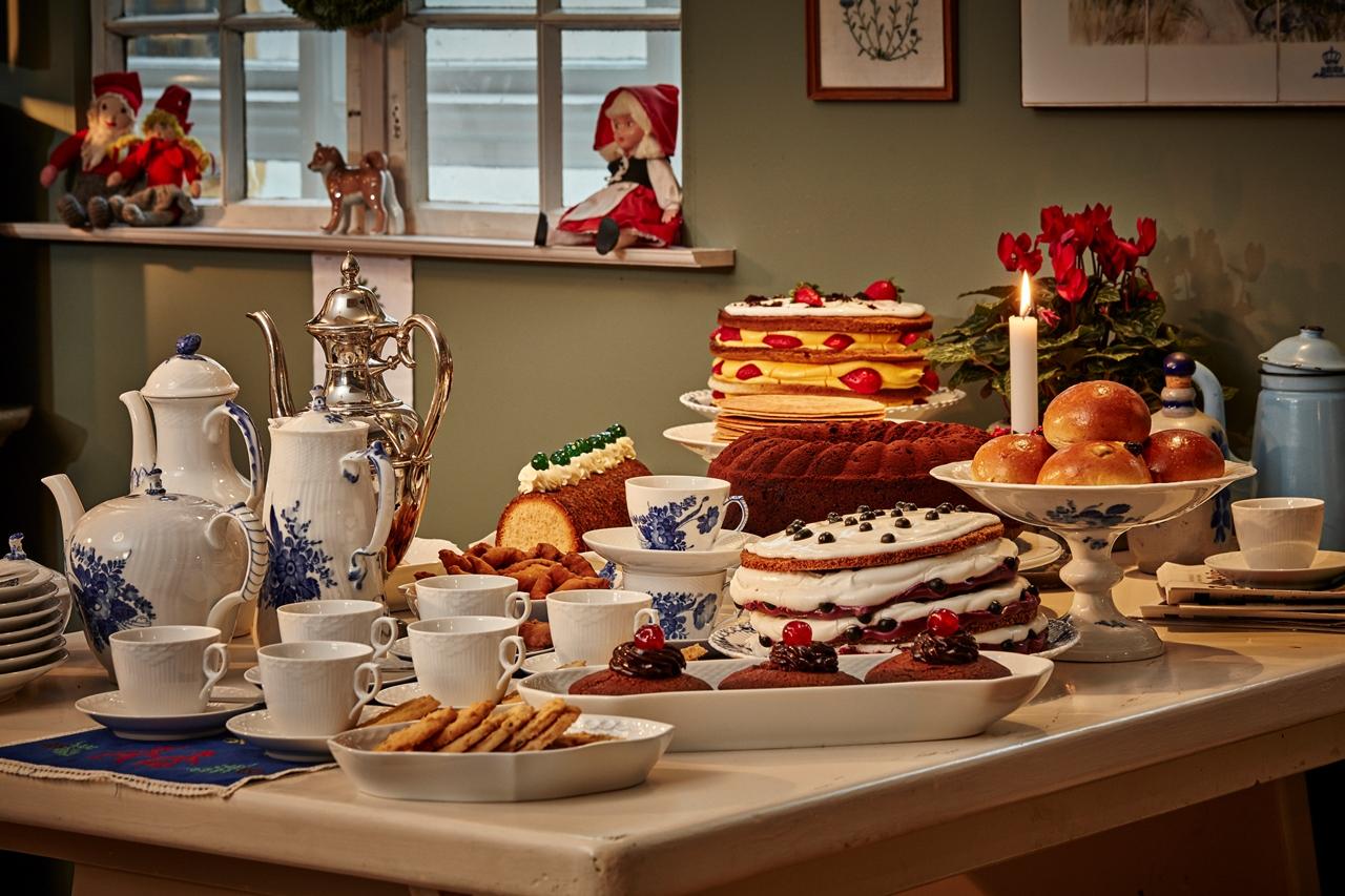 第53屆皇家哥本哈根「名人聖誕餐桌」     以高級餐瓷餵養難民的大戶人家