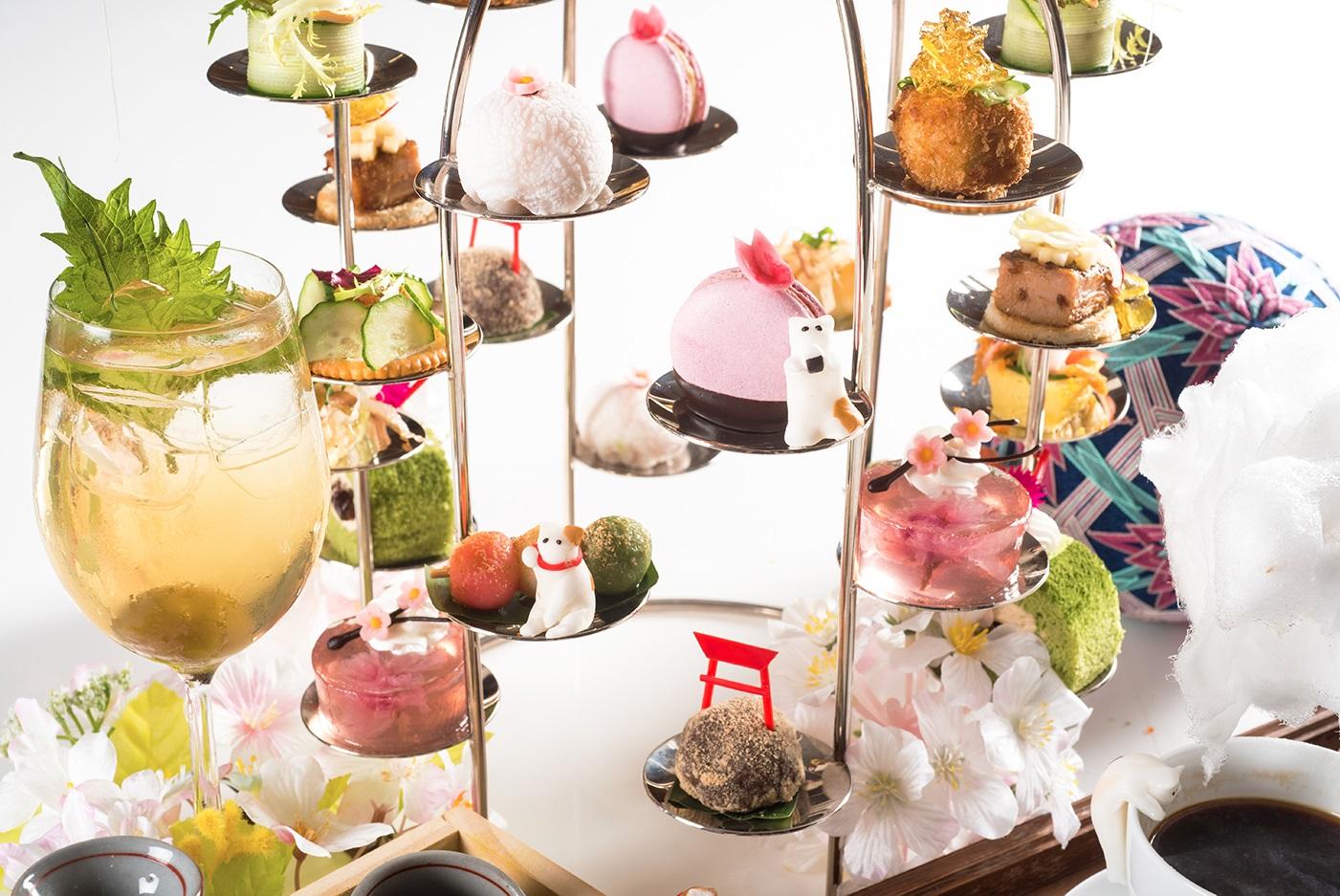 突破下午茶全都是甜食的刻板印象,台北六福萬怡酒店這次特別推出「櫻」式下午茶,包含6款創意鹹點及6款日本萌系甜點,不只是少女們,連愛吃鹹食的硬漢也...