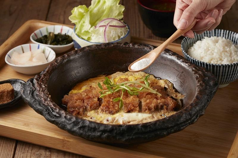 王座國際餐飲跨界聯名  膠原蛋白與熬雞湯套餐新上市!